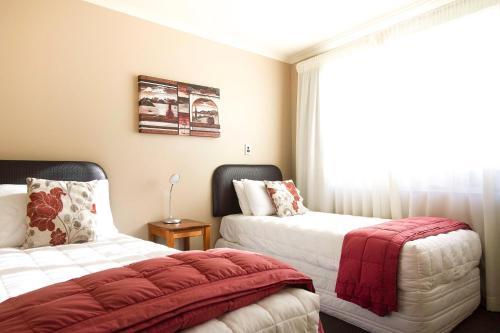 Beachfront Three bedroom Apartment - Ground Level