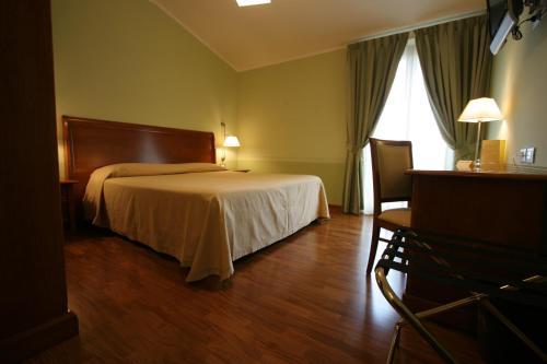 . HOTEL L' ANFORA