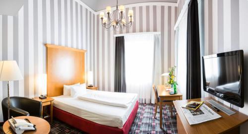 Dittmanns Grünau Hotel, Treptow