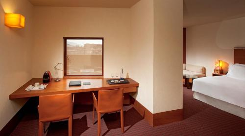 Premium Double or Twin Room (2 Adults + 1 Child)