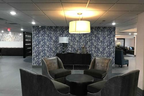 Wingate By Wyndham Louisville Airport Expo Center - Louisville, KY 40218