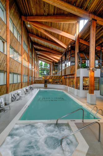 Lake Louise Inn - Hotel - Lake Louise