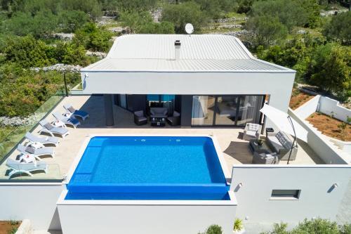 Villa Adrian Vela Luka
