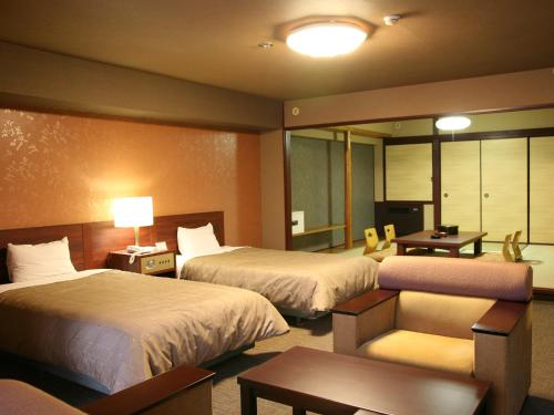 Standard Room with Tatami Area with Kaiseki Dinner