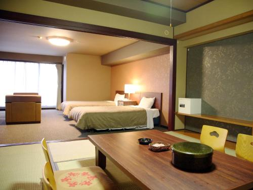 Standard Room with Tatami Area with Breakfast
