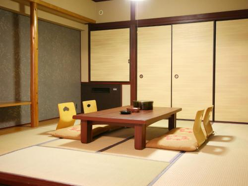 Standard Room with Tatami Area with Buffet Dinner