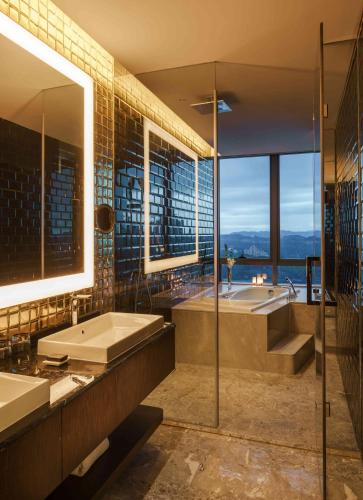 Hard Rock Hotel Shenzhen in China - Room Deals, Photos & Reviews
