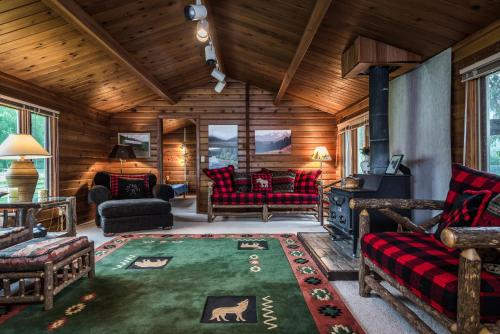 Piquett Creek Ranch - Darby, MT 59829
