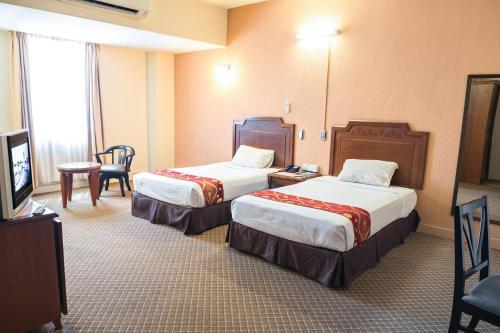 Sentosa Regency Hotel - Photo 2 of 30