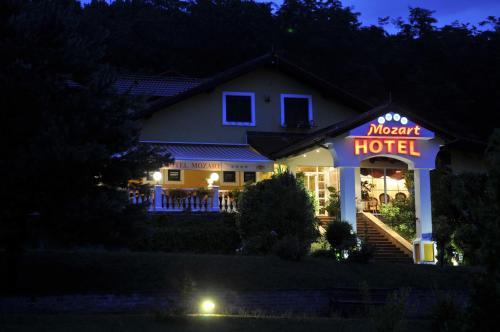 . Hotel Mozart