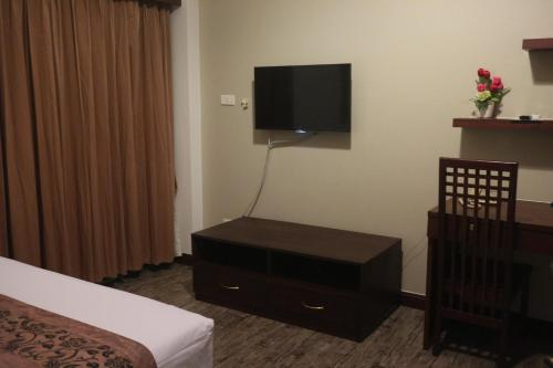 Superior Triple Room with Airport Transfers