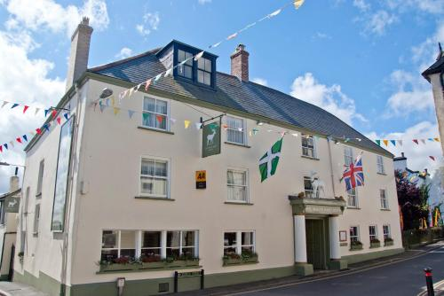 The Square, Moretonhampstead, Devon TQ13 8NQ, England.