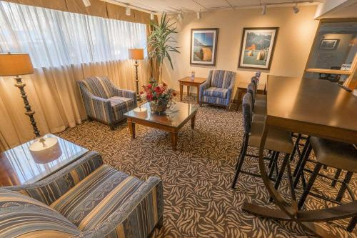 Baymont Inn & Suites by Wyndham Groton-Mystic - Groton, CT 06340