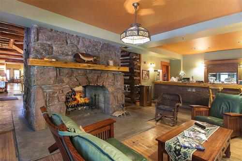 Alps Boulder Canyon Inn - Boulder, CO 80302
