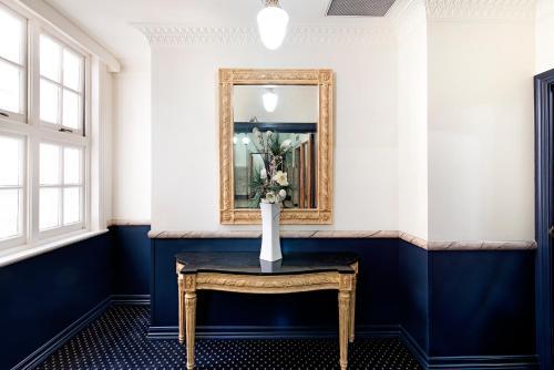 Фото отеля ULTIQA Rothbury Hotel