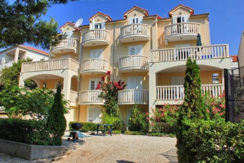 . Apartments Villa Miranda