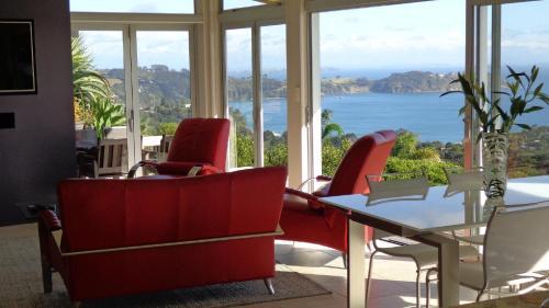 Sue's 2Nd House, Onetangi, New Zealand