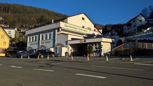 """. Apartmenthaus """"Zum Löwen"""" Heidelberg - Ziegelhausen"""