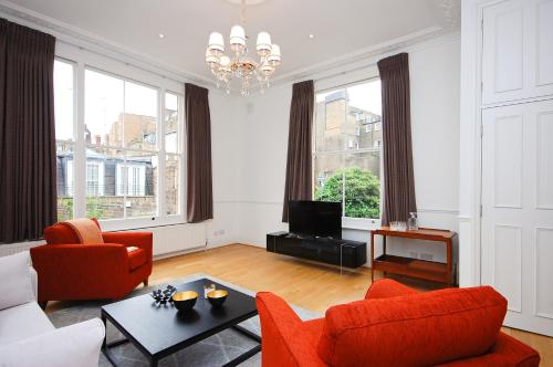 Craven Hill Apartment