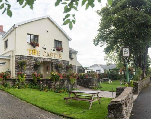 . The Castle Inn