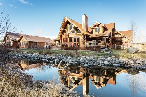 River Crest Cabin - South Fork, CO 81154