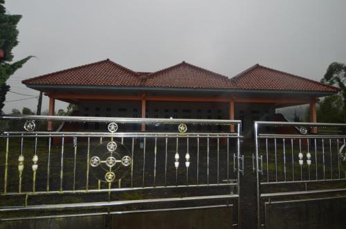 Bungalow Cikuray 3, Garut