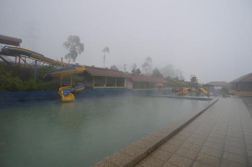 Puncak Jaya Guntur 3, Garut