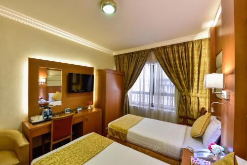 Zowar International Hotel Main image 2
