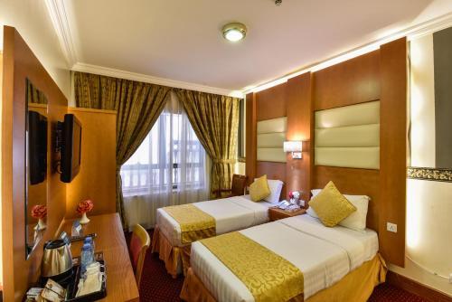 Zowar International Hotel Main image 1