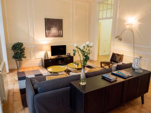 Apartamentos Traveling To Lisbon Chiado Apartments 1