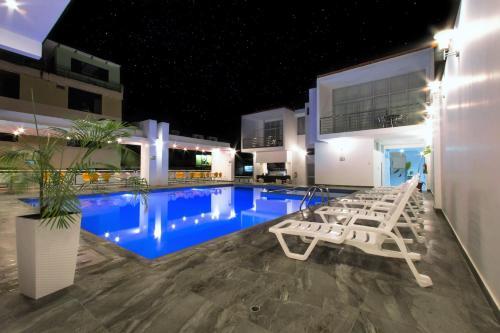. Cumbaza Hotel & Convenciones
