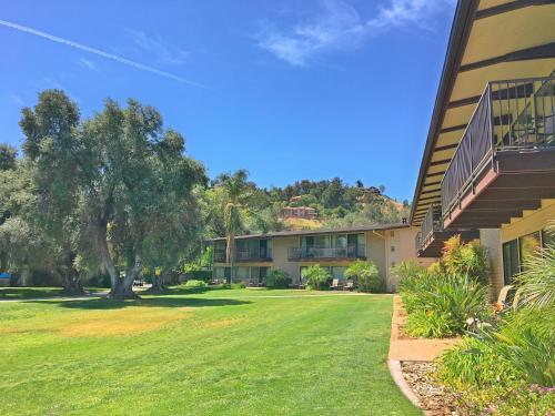 Singing Hills Golf Resort - El Cajon, CA 92019