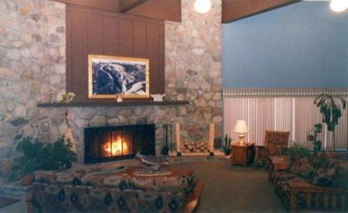 Chateau Rouge - Red Lodge, MT 59068