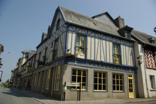 . Logis Auberge Du Cheval Blanc