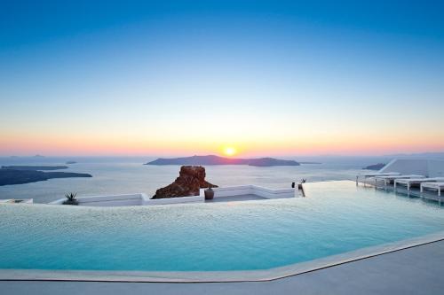 Imerovigli, Santorini 84700, Greece.