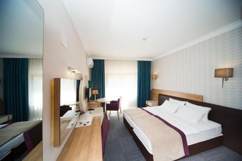 Spilos Hotel фотографии номера