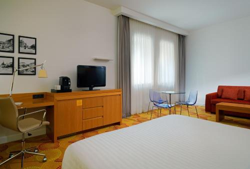 Courtyard by Marriott Budapest City Center photo 27