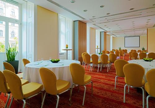 Courtyard by Marriott Budapest City Center photo 29