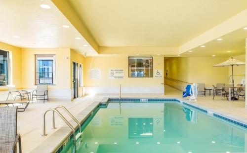 Hampton Inn - Suites by Hilton-Whitefish MT - Whitefish, MT 59937