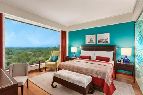 Oberoi Suite with Two Ways Airport Transfers