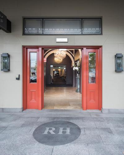 Royal Hotel Randwick - image 2