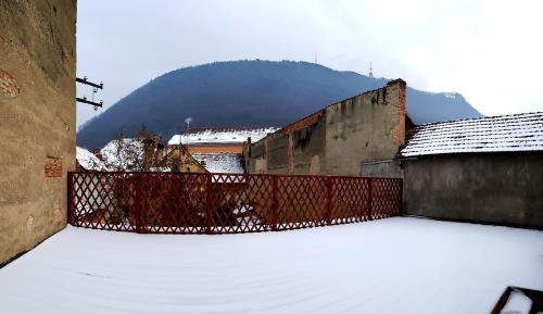 The Hosting Cafe - Accommodation - Brașov