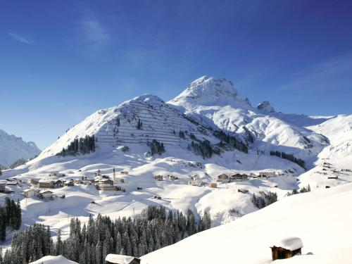 Dorf 37, 6767 Warth am Arlberg, Austria.
