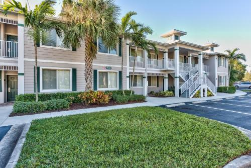Vicenza Golf Condo At The Lely Resort - Naples, FL 34113