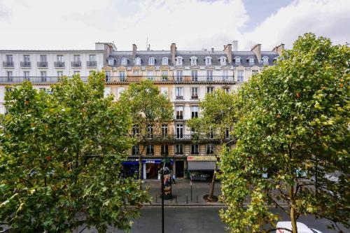 Apartments Paris Centre - At Home Hotel photo 68