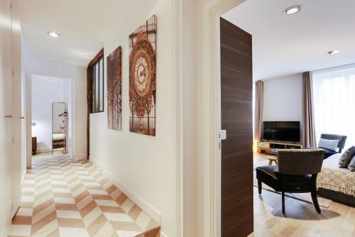 Apartments Paris Centre - At Home Hotel photo 69