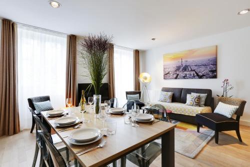 Apartments Paris Centre - At Home Hotel photo 71