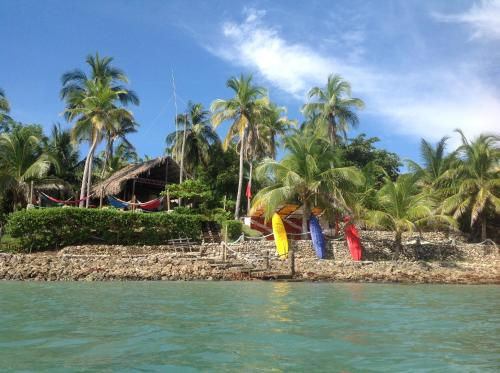 Isla Fuerte Ecolodge & Dive Center