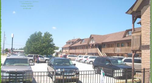 Carthage Inn - Carthage, MO 64836
