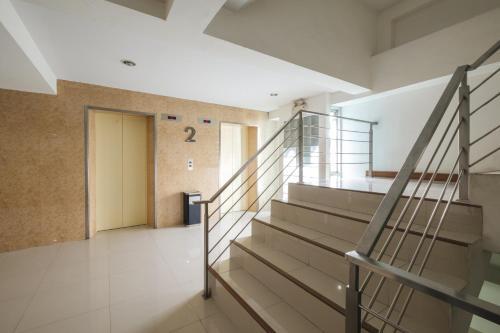 ZEN Rooms Aryan Suites photo 8